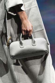 Unique Handbags, Best Handbags, Fashion Bags, Milan Fashion, Round Bag, How To Make Handbags, Leather Handbags, Leather Bags, Giorgio Armani