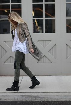 Black Boots, Knee Patches, Green Pants, Flowing White Shirt, Tan Leather Jacket... Good for Spring or Fall.