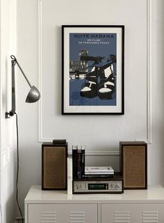 I love the idea of an old stereo system being displayed.