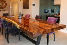 tree trunk table top epox - Wood How to Crafts Wood Slab Dining Table, Epoxy Wood Table, Kitchen Dinning, Resin Table, Dining Room Table, Diy Resin Furniture, Trunk Furniture, Furniture Ideas, Log Side Table