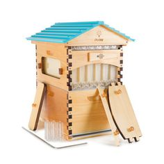 Flow Hive Starter Bundle - If you are new to beekeeping, or are setting up a Flow Hive for the first time, then this is the bundle for you! Consisting of a complete Flow Hive Classic 6 frame which features our patented Flow Frame technology. Harvesting Honey, Integrated Pest Management, Beekeeping For Beginners, House Paint Exterior, Western Red Cedar, Bee Keeping, House Painting, Flow, Household