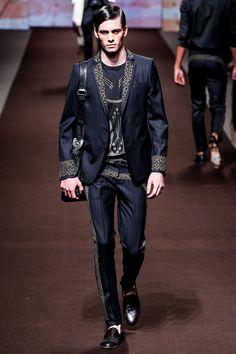 Etro Menswear - PasarelaEtro Menswear - Primavera/Verano 2014