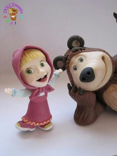 Masha and the bear - cake by Sheila Laura Gallo - CakesDecor Fondant Toppers, Fondant Cakes, Cupcake Cakes, 3rd Birthday Cakes, Bear Birthday, Fancy Cakes, Cute Cakes, Masha Cake, Masha Et Mishka