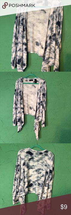 Lightweight blue and white dyed cardigan by Axcess Super soft and lightweight cardi from Axcess   It isn't exactly tie-dyed... it is tie-dye influenced.   Great to throw on to cover your arms when it's windy or chilly.   Size large. Gently worn. Axcess Sweaters Cardigans