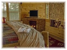 Pet-friendly Cabin Rentals in Georgia. My Mountain Cabins. Georgia Cabin Rentals, Luxury Cabin, Blue Ridge Mountains, Cabins, Rest, Vacation, Winter, Furniture, Home Decor