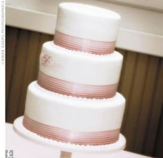 Real Weddings - Whitney & Michael: A Spring Wedding in Windermere, Florida - The Cake
