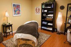 Massage room ideas massage therapy in 2019 процедурные кабинеты, маникюр. Massage Room Design, Massage Room Decor, Massage Therapy Rooms, Reiki Room, Meditation Rooms, Treatment Rooms, Room Setup, Room Ideas Bedroom, Living At Home
