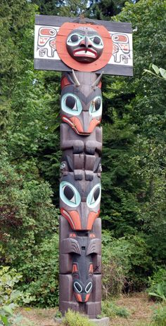 First-nation Totem Pole, Stanley Park, Vancouver, BC, Canada.  Around the World in 2015 | Ameesha and Nick's travels around Australia, New Zealand, Fiji, Vanuatu, Japan, Canada, America, Mexico, and Iceland.