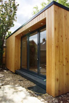 Cedar is the most popular option for a garden rooms cladding but SIPS Garden Roo. - Cedar is the most popular option for a garden rooms cladding but SIPS Garden Rooms have used Larch - Shed Cladding, Larch Cladding, Exterior Cladding, Shed Design, House Design, Garden Design, Garden Office Shed, Contemporary Garden Rooms, Garden Pods