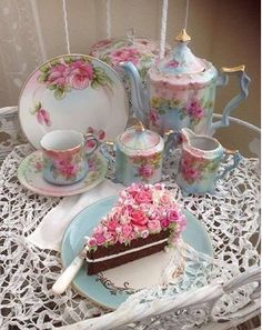 """Lovely vintage """"tea time"""" setting w/slice of beautiful cake Vintage Dishes, Vintage Tea, Vintage China, Antique China, Tea Cup Saucer, Tea Cups, Café Chocolate, Teapots And Cups, My Cup Of Tea"""
