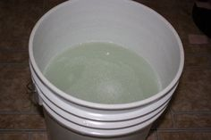 Liquid detergent for an HE washer
