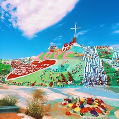 Salvation Mountain, California: so me and Payton have this plan to drive to somewhere spectacular for my senior trip and I'm pretty sure we've landed here Oh The Places You'll Go, Places To Travel, Salvation Mountain, Mountain Photos, Roadside Attractions, California Dreamin', Future Travel, Cool Bars, Adventure Is Out There