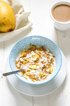 These mango coconut overnight oats are a fast, healthy, make ahead breakfast with tons of tropical flavour! Just add your toppings in the morning then take it on-the-go with you!