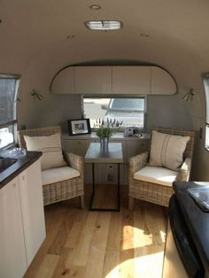 awesome 50+ Ultimate Guide to Living Full Time in an RV Airstream Trailer https://www.abchomedecor.com/2017/07/08/50-ultimate-guide-living-full-time-rv-airstream-trailer/