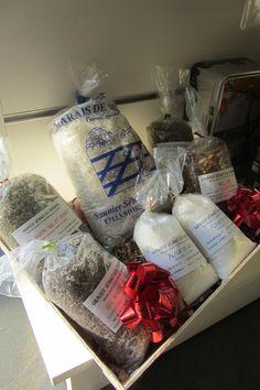 """Sélection de sel aromatisé et de fleur de sel """"made in"""" Mornac sur Seudre en Charente-Maritime à l'espace boutique de l'Office de saint-palais-sur-mer"""