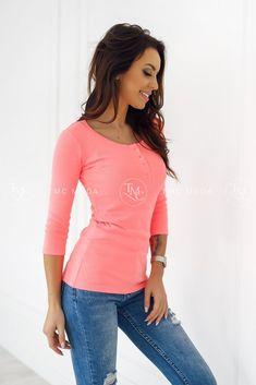 Marhuľový dámsky top Kylie, veľkosť UNI, vhodný pre XS, S, M Uni, Kylie, V Neck, Tops, Women, Fashion, Colors, Moda, Fashion Styles