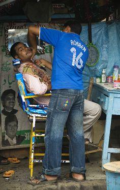 Street Barber Mumbai