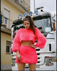 We speak to the rising flamenco artist as she releases her new album El Mal Querer Dope Fashion, Womens Fashion, Fashion Tips, Fashion Trends, Moda Dope, Vogue Spain, Pharrell Williams, Celebs, Celebrities