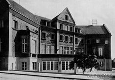 """Výsledky hľadania - """"Šancová"""" - YMCA - Pohľady na Bratislavu Bratislava, Mansions, House Styles, Nostalgia, Times, Mansion Houses, Manor Houses, Fancy Houses, Palaces"""