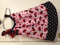 So, I keep seeing this pillow case dress and had to try it. Easy to make and loving it. Can't wait to try more ideas on the same type of dress. 18 inches of fabric x 2= One very inexpensive little dress to create.