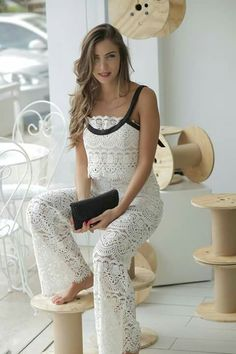 What a suit better for anight date out White suit. Amazing crochet suit love it Jujule.lemonie #lebanese #designer