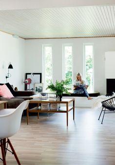 http://www.boligliv.dk/indretning/indretning/nyt-liv-i-70er-huset/