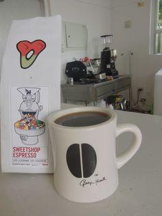 イギリスより届いたばかりの  Sweet Shop Espresso - Colombia 2 Origins La Serrania / La Buitrera  ベリー系のジューシーなフルーツの風味の印象★