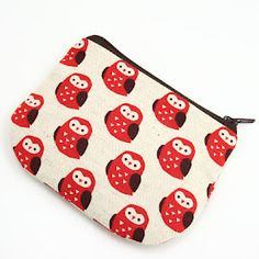 Zipper pouch with detailed instructions