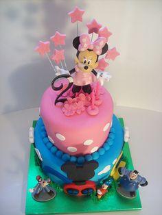 3 Tier Frozen Cake Auckland 550 Kids Cakes Auckland Pinterest
