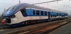 V Chlumčanech srazil vlak mladíka, v nemocnici bojuje o život