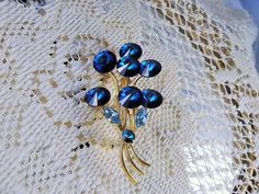 1950's Peacock Blue Rivoli Flower Brooch by CarolsVintageJewelry
