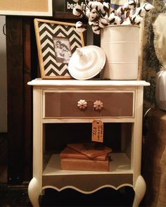 Happy Tuesday! Despite the weather it is in fact spring!!! Which means the perfect time to #ChalkPaint all those winter projects you've been avoiding. No sanding no priming revitalize with ease!! #MoreThanPaint #AnnieSloan #ChalkPaintByAnnieSloan #AnnieSloanInteriors #Upcycle #Create #DIY #Paint #Vintage #Furniture #PNW #CheneyWA by againstthegraincheney