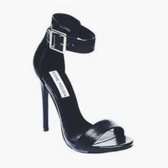 Steve Madden stiletto with ankle strap, like new ! Only worn 2 times . Very good condition Steve Madden Shoes Heels