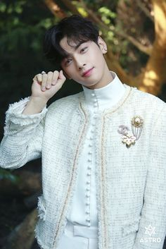 Listen to every Astro track @ Iomoio Pretty Boys, Cute Boys, 17 Kpop, Cha Eunwoo Astro, Astro Wallpaper, Lee Dong Min, Handsome Korean Actors, Lee Soo, Sanha