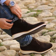 42d6c57736c1ef Chukka Boots in Dark Brown Luxe Suede with Running Sole