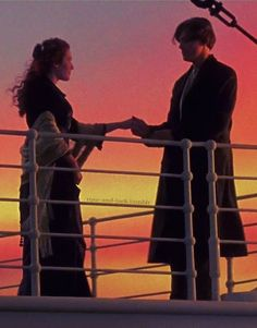 Titanic is a 1997 American film directed, by James Cameron. Titanic Today, Rms Titanic, Titanic Movie Facts, Leo And Kate, Jack Dawson, Young Leonardo Dicaprio, Movie Wallpapers, Kate Winslet, Film Serie
