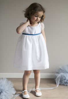 Suzanne flowergirl dress designed by littleeglantine.com : white taffeta and silk organza with pale blue velvet ribbon at the waist... lovely!