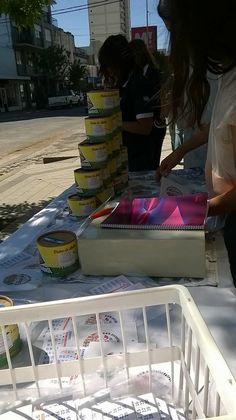 Los juveniles continúan vendiendo su riquísimo Dulce de Leche Solidario y almanaques con las Calcos Solidarias.