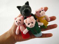 Three Little Pigs - Fairy Tale - Amigurumi - Crochet Finger Puppets Set - Finger… Crochet Wolf, Manta Crochet, Crotchet Patterns, Amigurumi Patterns, Plastic Bag Crochet, Crochet Fairy, Three Little Pigs, Yarn Stash, Hand Puppets
