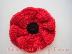 Flushed with Rosy Colour: Remembrance Poppy, free pattern - Before After DIY Crochet Motifs, Crochet Flower Patterns, Knit Or Crochet, Knitting Patterns, Crochet Stars, Knitted Poppies, Knitted Flowers, Crochet Roses, Knitted Poppy Free Pattern