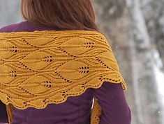 For a warm scarf or wrap look no further! The worsted yarn really shows off the pattern reminiscent of Gothic arcades. And it makes the shawlette so warm and snuggly!