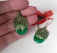 Macramé nefritové náušnice Jewerly, Origami, Drop Earrings, Handmade, Jewlery, Hand Made, Schmuck, Jewelry, Origami Paper