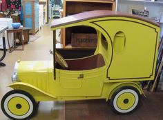RARE VINTAGE FORD MODEL A DEPOT HACK PEDAL CAR CONVERTS TO PICK UP TRUCK
