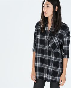 Image 1 of OVERSIZED CHECKED T-SHIRT from Zara