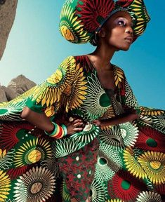 African fashion in rasta colors... this would be a hit on the island!