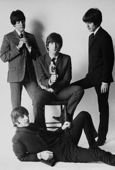 """The Beatles are a famous English band that originated in Liverpool, England. They became """"The Beatles"""" in 1960 and consisted of four very talented and incredibly influential musicians; John Lennon, Paul McCartney, George Harrison, and Ringo Starr. Ringo Starr, George Harrison, The Beatles, Beatles Photos, Paul Mccartney, John Lennon, Stuart Sutcliffe, Great Bands, Rock Bands"""