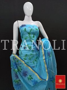 Buy Fabric, Women's Fashion Dresses, Womens Fashion, Prints, Collection, Ladies Fashion Dresses, Women's Fashion, Woman Fashion, Fashion Women