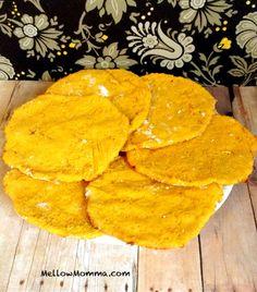 Sweet Potato Flatbread My new favorite Paleo bun substitute! Sweet Potato Flatbread Recipe, Paleo Sweet Potato, Paleo Bread, Paleo Baking, Paleo Food, Primal Recipes, Whole Food Recipes, Sugar Detox Recipes, Cleanse Recipes