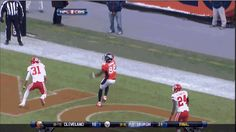 Demaryius Thomas with the beautiful one-handed catch!!! http://www.prosportstop10.com/top-10-wide-receivers-2015/