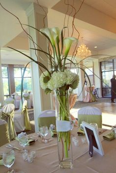 Flowers by Abigail Curtis - Cottonwood Floral